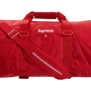 Supreme Duffel bag Red